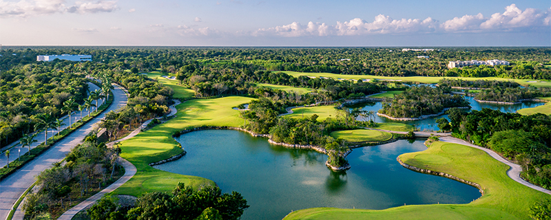 Riviera Maya Country Club golf course adventure