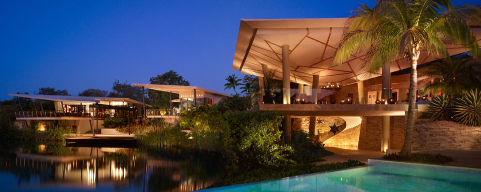 Rosewood Mayakoba Resort with reflection pool